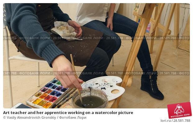 Купить «Art teacher and her apprentice working on a watercolor picture», фото № 28581788, снято 21 июня 2018 г. (c) Vasily Alexandrovich Gronskiy / Фотобанк Лори