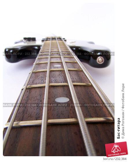 Бас-гитара, фото № 232384, снято 18 марта 2008 г. (c) Дима Рогожин / Фотобанк Лори