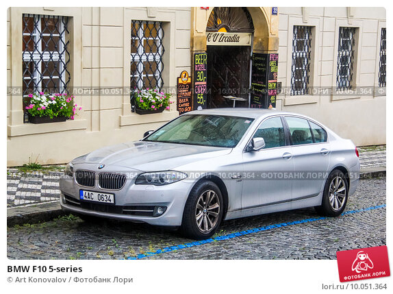 BMW F10 5-series, фото № 10051364, снято 21 июля 2014 г. (c) Art Konovalov / Фотобанк Лори