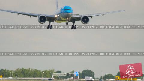 Boeing 777 KLM landing moment (2017 год). Редакционное видео, видеограф Игорь Жоров / Фотобанк Лори