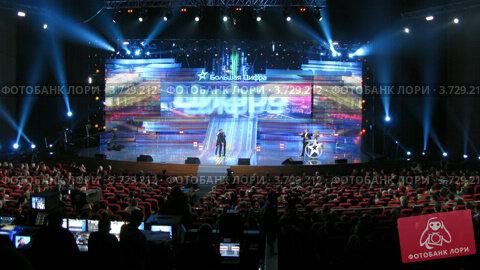 Купить «Большая цифра 2011(Таймлапс)», видеоролик № 3729212, снято 16 марта 2011 г. (c) Losevsky Pavel / Фотобанк Лори