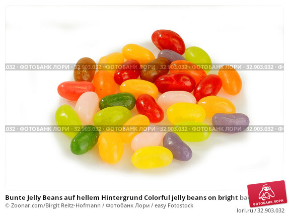 Bunte Jelly Beans auf hellem Hintergrund Colorful jelly beans on bright background. Стоковое фото, фотограф Zoonar.com/Birgit Reitz-Hofmann / easy Fotostock / Фотобанк Лори