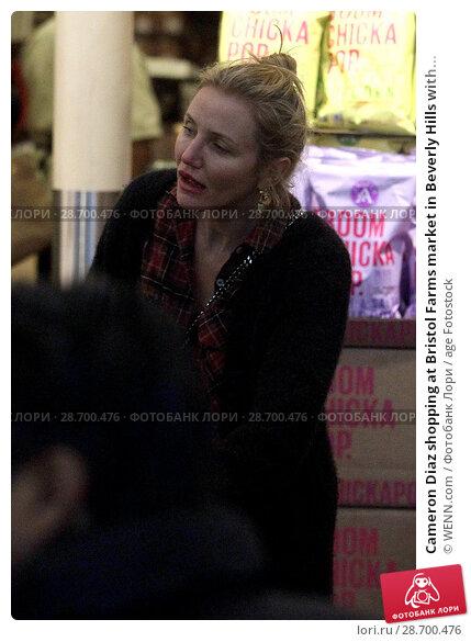 Купить «Cameron Diaz shopping at Bristol Farms market in Beverly Hills with her husband Benji Madden Featuring: Cameron Diaz Where: Los Angeles, California, United States When: 27 Dec 2016 Credit: WENN.com», фото № 28700476, снято 27 декабря 2016 г. (c) age Fotostock / Фотобанк Лори