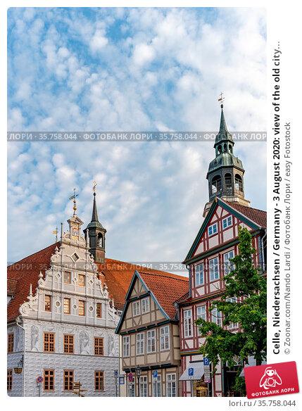 Celle, Niedersachsen / Germany - 3 August 2020: view of the old city... Стоковое фото, фотограф Zoonar.com/Nando Lardi / easy Fotostock / Фотобанк Лори