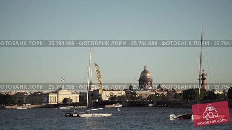 Centre of Saint-Petersburg, Russia: River Neva, Palace bridge, Isaac's Cathedral, видеоролик № 25794988, снято 15 марта 2016 г. (c) Алексей Макаров / Фотобанк Лори