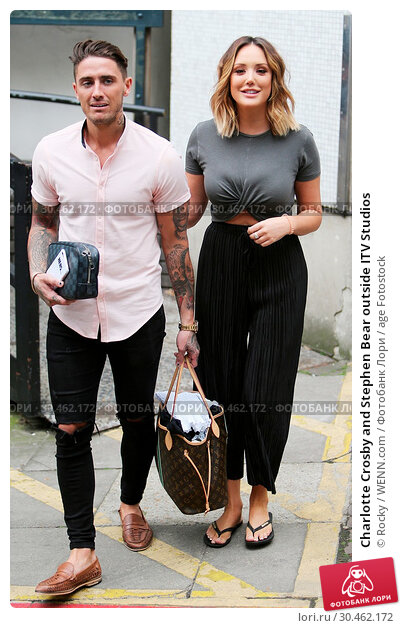 Charlotte Crosby and Stephen Bear outside ITV Studios (2017 год). Редакционное фото, фотограф Rocky / WENN.com / age Fotostock / Фотобанк Лори