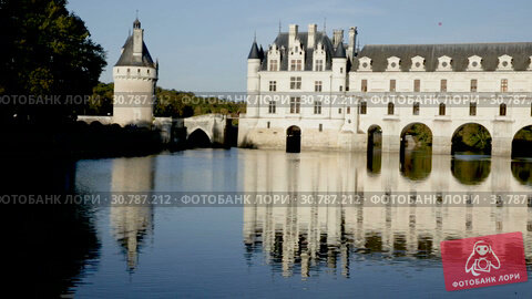 Купить «Chateau de Chenonceau in valley of River Cher, Chenonceaux, France», видеоролик № 30787212, снято 8 октября 2018 г. (c) Яков Филимонов / Фотобанк Лори