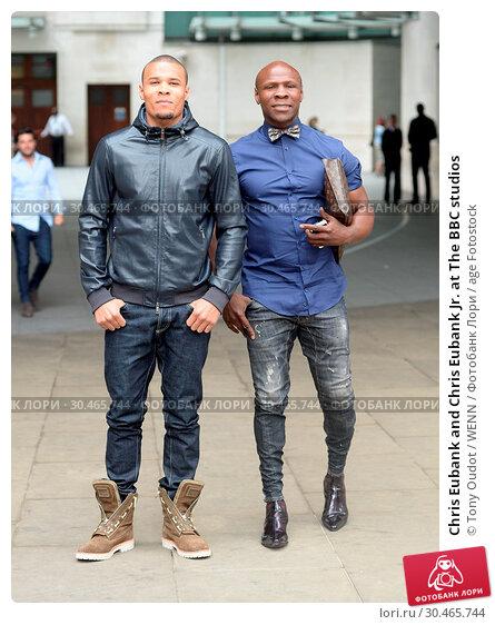 Chris Eubank and Chris Eubank Jr. at The BBC studios (2017 год). Редакционное фото, фотограф Tony Oudot / WENN / age Fotostock / Фотобанк Лори