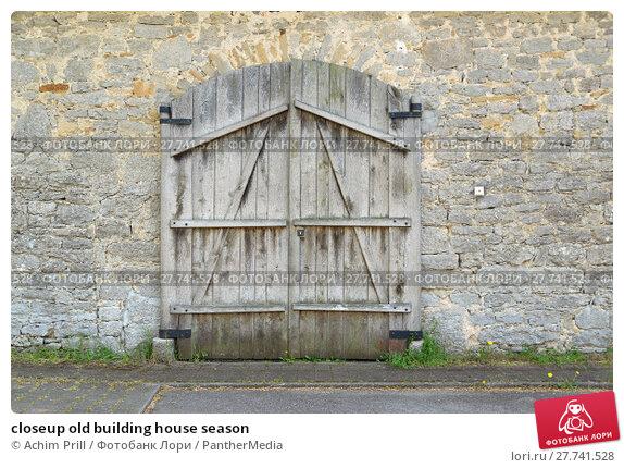Купить «closeup old building house season», фото № 27741528, снято 22 апреля 2019 г. (c) PantherMedia / Фотобанк Лори