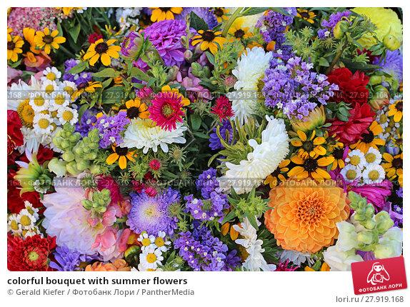 Купить «colorful bouquet with summer flowers», фото № 27919168, снято 22 апреля 2019 г. (c) PantherMedia / Фотобанк Лори