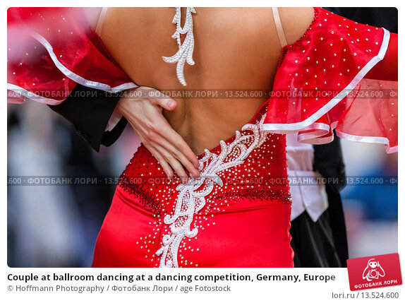 Купить «Couple at ballroom dancing at a dancing competition, Germany, Europe», фото № 13524600, снято 20 марта 2019 г. (c) age Fotostock / Фотобанк Лори