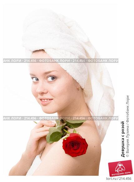 Купить «Девушка с розой», фото № 214456, снято 3 марта 2008 г. (c) Валерия Потапова / Фотобанк Лори