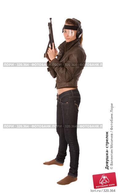 Девушка- стрелок, фото № 320364, снято 24 мая 2008 г. (c) Валентин Мосичев / Фотобанк Лори