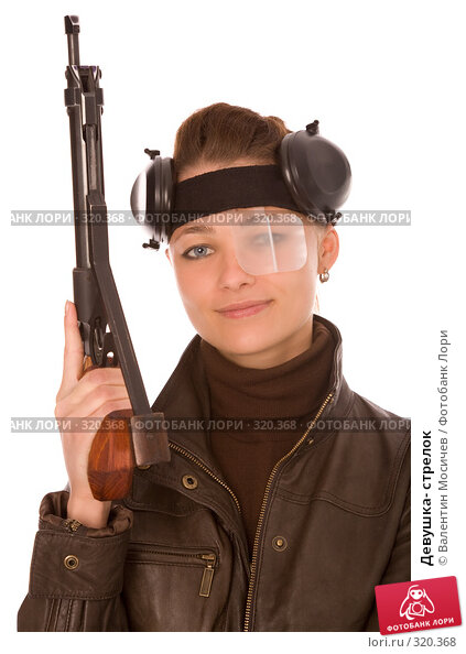 Девушка- стрелок, фото № 320368, снято 24 мая 2008 г. (c) Валентин Мосичев / Фотобанк Лори