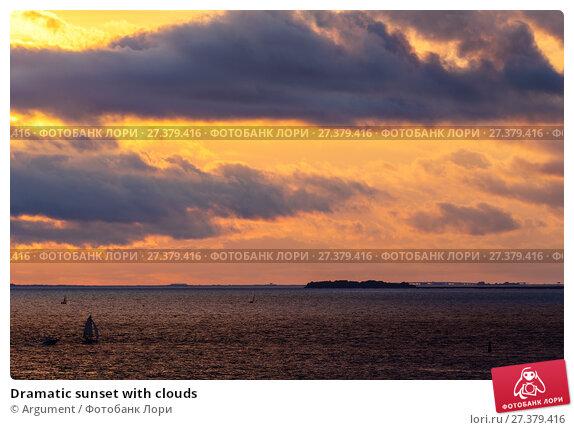 Купить «Dramatic sunset with clouds», фото № 27379416, снято 3 сентября 2014 г. (c) Argument / Фотобанк Лори