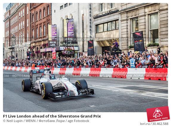 F1 Live London ahead of the Silverstone Grand Prix (2017 год). Редакционное фото, фотограф Neil Lupin / WENN / age Fotostock / Фотобанк Лори