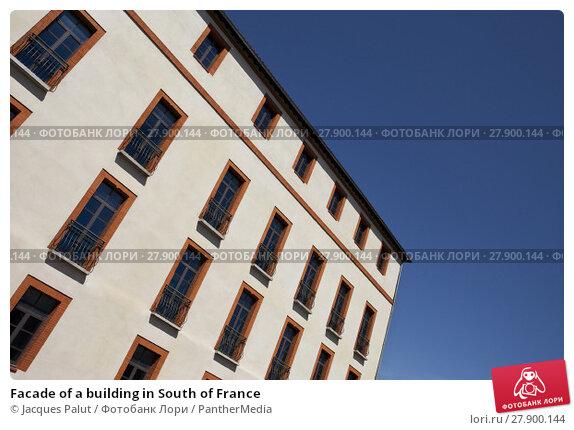 Купить «Facade of a building in South of France», фото № 27900144, снято 20 мая 2019 г. (c) PantherMedia / Фотобанк Лори