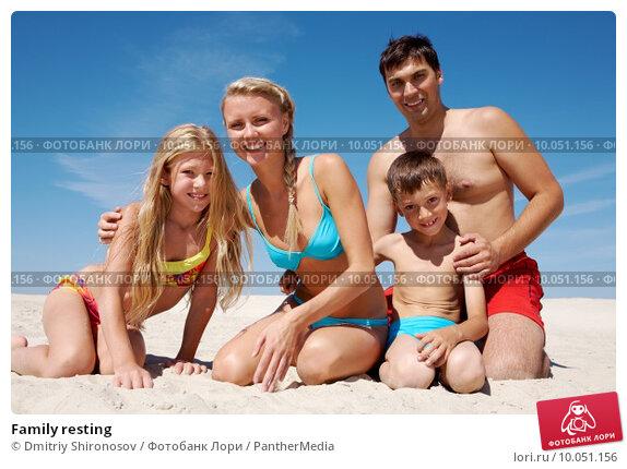 семьи нудистов на отдыхе фото видео крупным планом