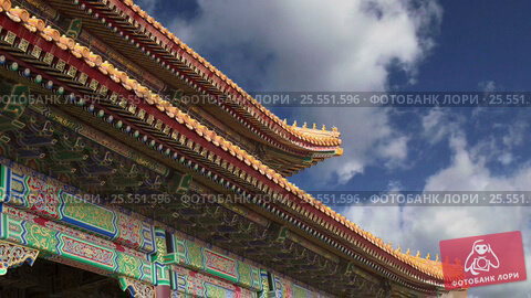 Купить «Forbidden City, Beijing, China -- was the Chinese imperial palace from the Ming Dynasty to the end of the Qing Dynasty», видеоролик № 25551596, снято 13 февраля 2017 г. (c) Владимир Журавлев / Фотобанк Лори