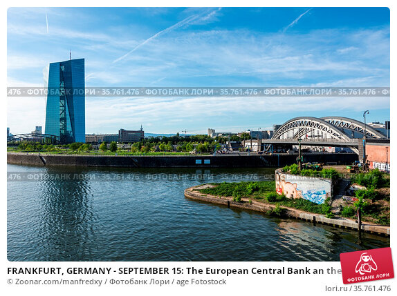 FRANKFURT, GERMANY - SEPTEMBER 15: The European Central Bank an the... Стоковое фото, фотограф Zoonar.com/manfredxy / age Fotostock / Фотобанк Лори