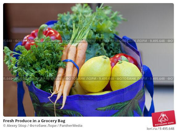 Купить «Fresh Produce in a Grocery Bag», фото № 9495648, снято 19 ноября 2017 г. (c) PantherMedia / Фотобанк Лори