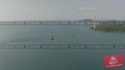 Купить «Funicular cable car on Phu Quoc Island to Hon Thom Pineapple Island in Vietnam», видеоролик № 32392056, снято 4 ноября 2019 г. (c) Aleksejs Bergmanis / Фотобанк Лори