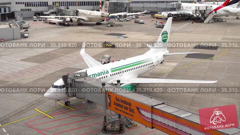 Germania Airlines boarding passengers (2017 год). Редакционное видео, видеограф Игорь Жоров / Фотобанк Лори