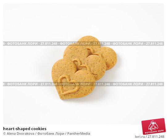 Купить «heart-shaped cookies», фото № 27811248, снято 20 октября 2018 г. (c) PantherMedia / Фотобанк Лори