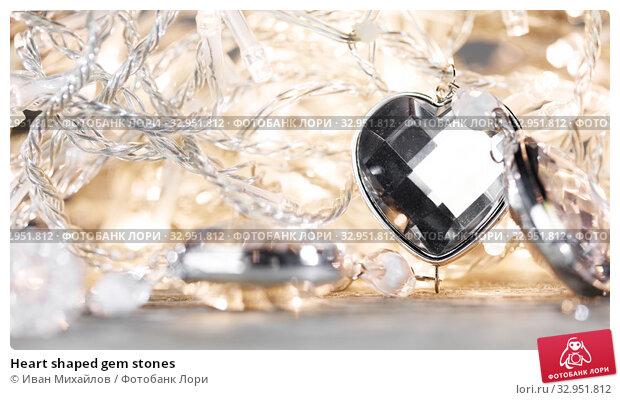 Heart shaped gem stones. Стоковое фото, фотограф Иван Михайлов / Фотобанк Лори