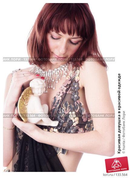 Красивая девушка в красивой одежде, фото № 133564, снято 12 августа 2007 г. (c) hunta / Фотобанк Лори