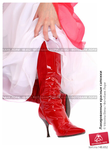Купить «Лакированные красные сапожки», фото № 48652, снято 10 мая 2007 г. (c) Vdovina Elena / Фотобанк Лори
