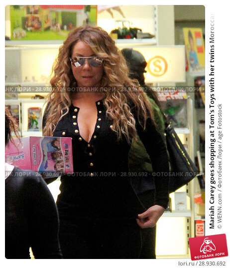 Купить «Mariah Carey goes shopping at Tom's Toys with her twins Moroccan and Monroe Featuring: Mariah Carey Where: Beverly Hills, California, United States When: 18 Apr 2017 Credit: WENN.com», фото № 28930692, снято 18 апреля 2017 г. (c) age Fotostock / Фотобанк Лори