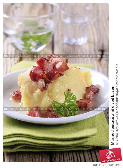 Mashed potato and diced bacon. Стоковое фото, фотограф Alena Dvorakova / PantherMedia / Фотобанк Лори