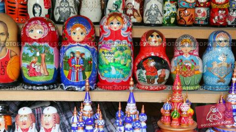 Купить «Матрешки», видеоролик № 3689264, снято 11 июля 2010 г. (c) Losevsky Pavel / Фотобанк Лори