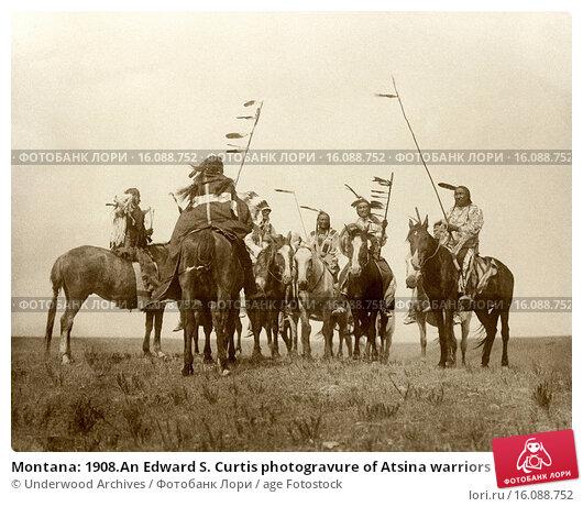 Купить «Montana: 1908.An Edward S. Curtis photogravure of Atsina warriors on horseback.», фото № 16088752, снято 12 июля 2020 г. (c) age Fotostock / Фотобанк Лори