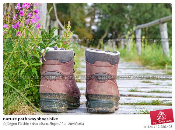 Купить «nature path way shoes hike», фото № 12286408, снято 19 апреля 2019 г. (c) PantherMedia / Фотобанк Лори