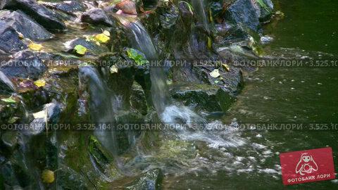 Купить «Небольшой водопад», видеоролик № 3525104, снято 28 июля 2008 г. (c) Losevsky Pavel / Фотобанк Лори