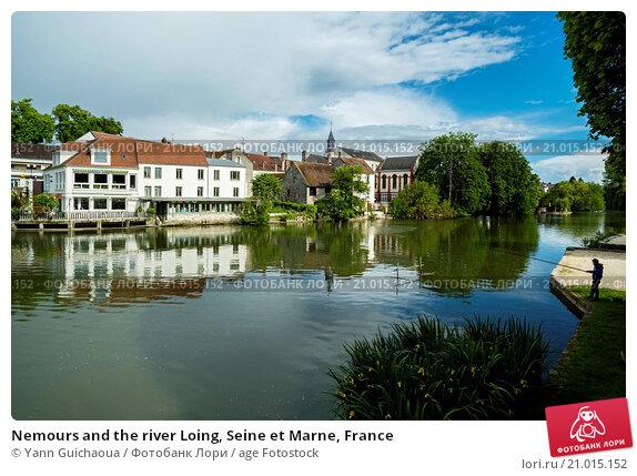 Купить «Nemours and the river Loing, Seine et Marne, France», фото № 21015152, снято 13 мая 2014 г. (c) age Fotostock / Фотобанк Лори