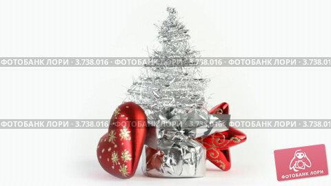Купить «Новогодние украшения», видеоролик № 3738016, снято 17 июля 2011 г. (c) Losevsky Pavel / Фотобанк Лори