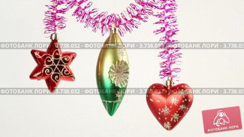 Купить «Новогодние украшения», видеоролик № 3738032, снято 17 июля 2011 г. (c) Losevsky Pavel / Фотобанк Лори