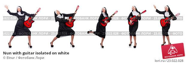 Купить «Nun with guitar isolated on white», фото № 23022028, снято 10 января 2013 г. (c) Elnur / Фотобанк Лори