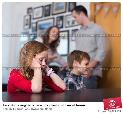 Купить «Parents having bad row while their children at home», фото № 28665124, снято 23 декабря 2016 г. (c) Яков Филимонов / Фотобанк Лори