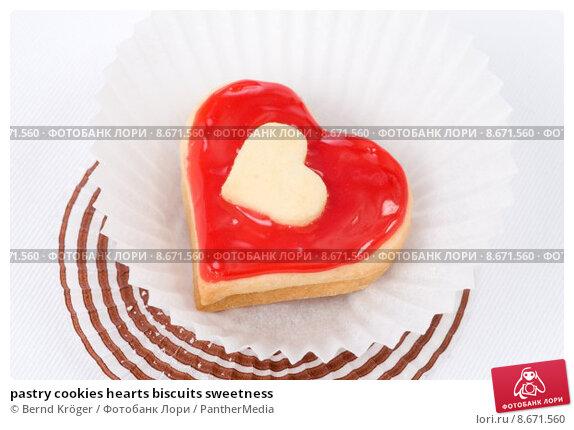 Купить «pastry cookies hearts biscuits sweetness», фото № 8671560, снято 22 марта 2019 г. (c) PantherMedia / Фотобанк Лори