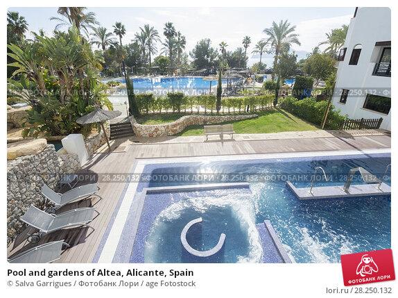 Купить «Pool and gardens of Altea, Alicante, Spain», фото № 28250132, снято 30 января 2018 г. (c) age Fotostock / Фотобанк Лори