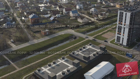 Купить «Protected area of a secret base in a residential area», видеоролик № 32009960, снято 5 июня 2019 г. (c) Aleksandr Sulimov / Фотобанк Лори