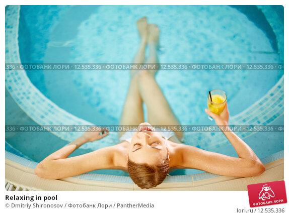 фото в бассейне сікс