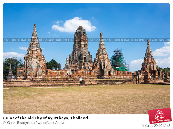 Купить «Ruins of the old city of Ayutthaya, Thailand», фото № 29401148, снято 27 января 2017 г. (c) Юлия Белоусова / Фотобанк Лори