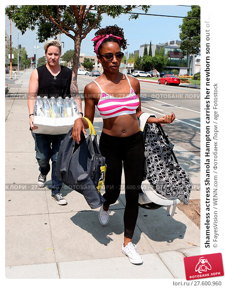 Купить «Shameless actress Shanola Hampton carries her newborn son out of Iron gym in Santa Monica, California after a workout with Celebrity trainer Torri Shack...», фото № 27600960, снято 25 июля 2016 г. (c) age Fotostock / Фотобанк Лори