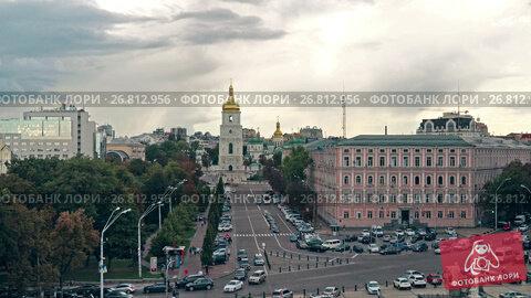 Купить «Sophia Square in Kiev», видеоролик № 26812956, снято 26 августа 2017 г. (c) Виктор Бондаренко / Фотобанк Лори