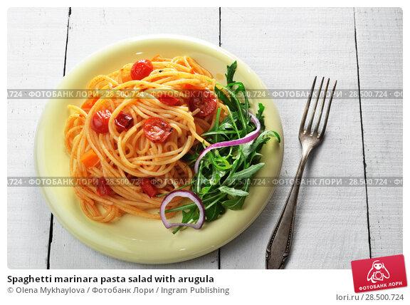 Купить «Spaghetti marinara pasta salad with arugula», фото № 28500724, снято 26 апреля 2019 г. (c) Ingram Publishing / Фотобанк Лори
